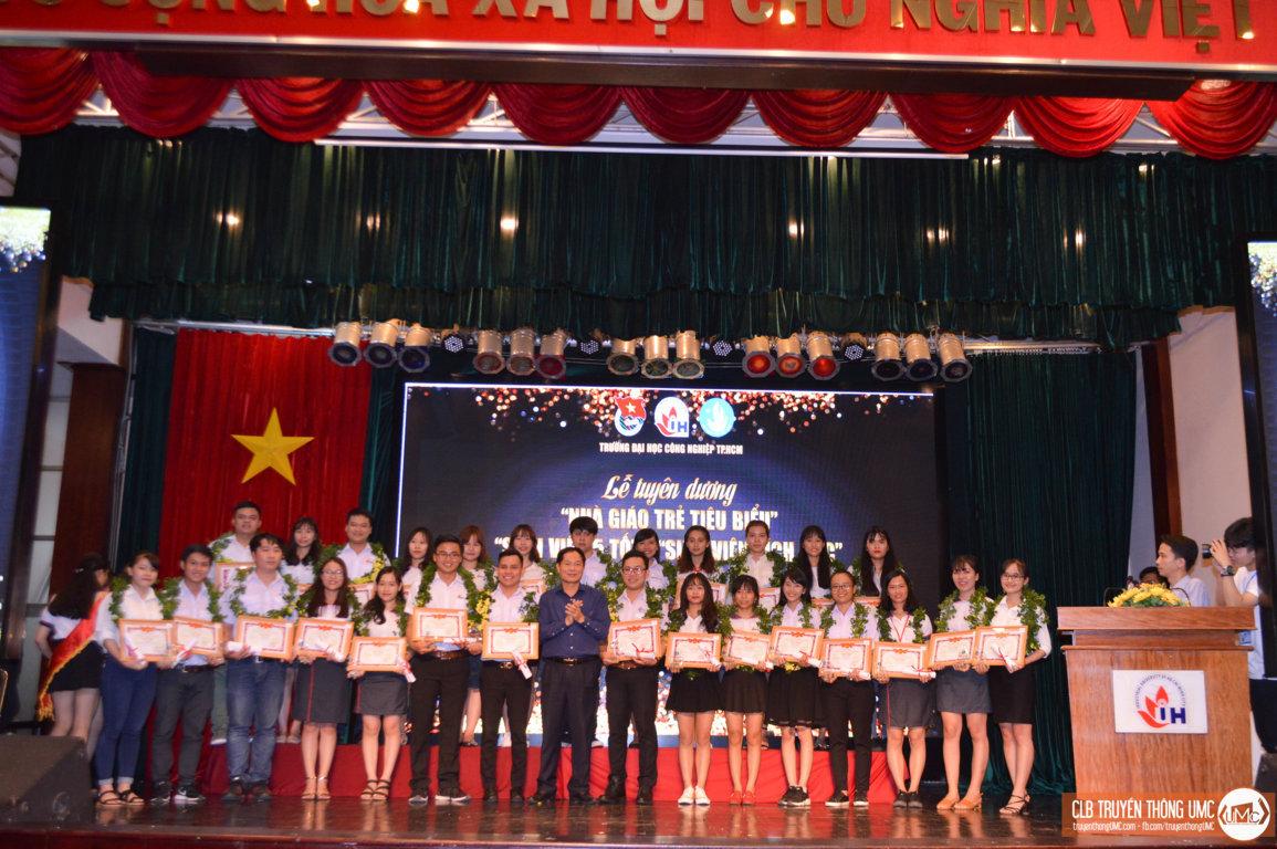 Nhìn lại một tháng thi đua chào mừng ngày Hiến chương Nhà giáo của thầy và trò Trường Đại học Công nghiệp TP.HCM